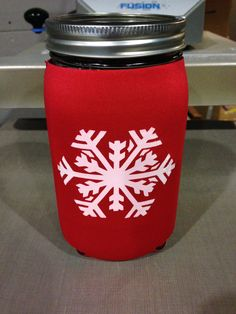 Christmas is around the corner, a custom printed Mason Jar Koozie with white Snowflake would make the perfect gift.  Get yours today @ www.jar-z.com