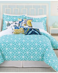 Make bright, cheery bedding the focal point of your bedroom! Get it here: www.bhg.com/shop/trina-turk-trina-turk-bedding-trellis-turquoise-king-duvet-cover-set-p5012337782a797dc8947117e.html?mz=a