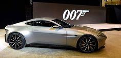 Frankfurt tem invasão nada secreta de supercarros do 007; assista - Ultimas Notícias - UOL Carros
