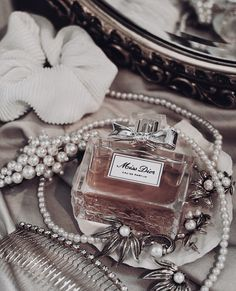 Image about luxury in Cosmetics/Perfume/Skincare by blondechanel