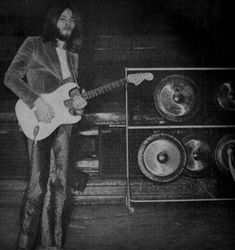 🆘️🎸👍💖David Gilmour of Pink Floyd David Gilmour Pink Floyd, Atom Heart Mother, Sing Me To Sleep, Psychedelic Music, Good Daddy, Music Pics, Music Stuff, Roger Waters, Stevie Ray
