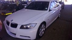 Coincidentally still looking for a Bmw 320i 2014 who has the looks but not the power? Then this white BMW 320i Coupe might be exactly what you're looking for.