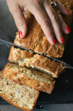 BEST ever Sour Cream Banana Bread recipe, so moist and delicious; put on your Banana Bread Giving List. BEST ever Sour Cream Banana Bread recipe, so moist and delicious; put on your Banana Bread Giving List. Sour Cream Banana Bread, Banana Nut Bread, Sour Cream Muffins, Bisquick Banana Bread, Sour Cream Cake, Banana Cream, Bon Dessert, Dessert Bread, Delicious Desserts