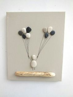 Birth Table, Art Deco, Baptism Gift, Floatwood and Pebbles - Fairy painting of pebbles with balloons: Collages by ingrid-creations Stone Crafts, Rock Crafts, Fun Crafts, Diy And Crafts, Arts And Crafts, Art Pierre, Pebble Pictures, Art Diy, Creation Deco