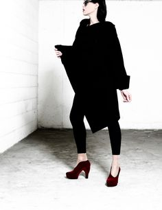 """Fall/Winter_13.14 Collection at shoescribe.com. Red asymmetrical """"Velour"""" pump by Paola Bimaso. In focus: http://www.shoescribe.com/it/donna/decollete_cod44569057no.html?tp=39331_campaign=post_medium=social_source=facebook @shoescribe.com on Pinterest.com on Pinterest"""
