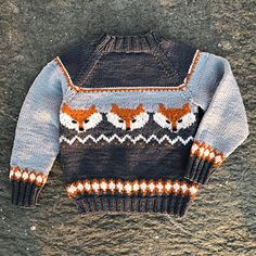 Ravelry: Fox sweater pattern by Eva Norum Olsen Baby Sweater Knitting Pattern, Fair Isle Knitting Patterns, Knit Baby Sweaters, Knit Patterns, Crochet Woman, Knit Or Crochet, Crochet Pattern, Fox Pattern, Fox Sweater
