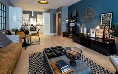 40 Stylish Living Room Decor Ideas Copy Now - Home Decor & Design Teal Living Rooms, Colourful Living Room, Living Room Sofa, Living Room Designs, Living Room Decor, Best Leather Sofa, Tan Leather, Decoration, Interior Design