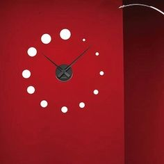 Dotted decal clock