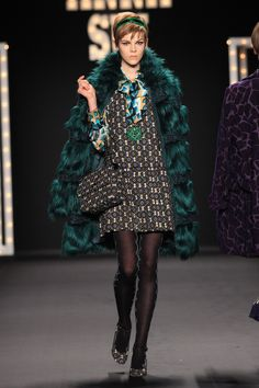 ANNA SUI FALL 2013  LOOK 23