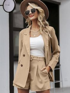 Elegant two-pieces women short suit Casual streetwear suits female blazer sets Chic 2019 office ladies women blazer suit Blazer And Shorts, Blazer Outfits, Casual Outfits, Elegant Summer Outfits, Khaki Blazer, Rock Outfits, Emo Outfits, Outfit Summer, Denim Pants