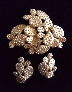 Prickly Pear Cactus Brooch Earrings Set, TORTOLANI Gold Tone, Signed Vintage by RenaissanceFair on Etsy https://www.etsy.com/listing/274817710/prickly-pear-cactus-brooch-earrings-set