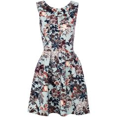 Pull & Bear Floral And Bird Print Full-Skirted Dress (105 BRL) ❤ liked on Polyvore featuring dresses, vestidos, aquamarine, floral pattern dress, aquamarine dress, flower pattern dress, tall dresses and bird pattern dress