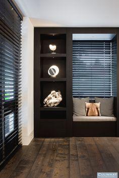 Elegant house of Bob Manders - Interior Design Living Room, Interior Decorating, Shelving Design, Tadelakt, Home And Deco, Luxury Living, Interior Inspiration, Design Inspiration, Home And Living