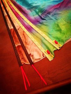 Inquirer wants to know! Worship Flags vs Quills- What is the difference between these two instruments of worship? The difference is in the construction and how they wield. Worship Dance, Praise Dance, Praise And Worship, Flag Drawing, Queen Of Heaven, Prophetic Art, Dance Outfits, Belly Dance, Streamers