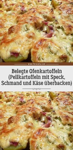 Served baked potatoes (boiled potatoes with bacon, sour cream and .-Belegte Ofenkartoffeln (Pellkartoffeln mit Speck, Schmand und Käse überbacken)… Served baked potatoes (baked potatoes with bacon, sour cream and cheese) 😍 😍 😍 - Vegetable Lasagna Recipes, Vegetarian Recipes, Hamburger Meat Dishes, Recetas Whole30, Boiled Ham, Lard, Smoked Bacon, Butter Chicken, Mushroom Recipes