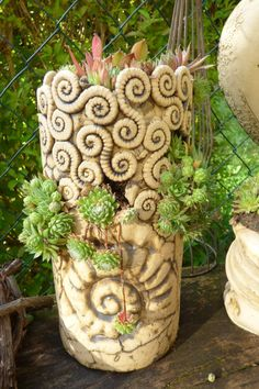 Garden decoration - house root tower planted with ammonite - a designer piece by M . - Garden decoration – house root tower planted with ammonite – a unique product by Michaela-Theis - Ceramics Projects, Clay Projects, Ceramic Bisque, Ceramic Vase, Slab Pottery, Pottery Art, Coil Pots, Succulents In Containers, Mosaics