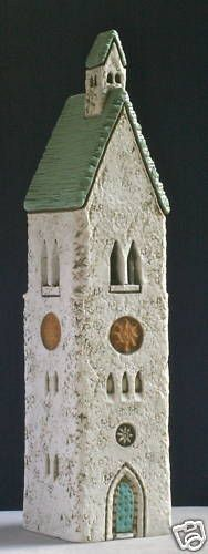 Holden McCurry Prayer Tower Clay Houses, Ceramic Houses, Box Houses, Ceramic Pottery, Ceramic Art, Slab Boxes, Pottery Houses, Castle House, Xmas Crafts