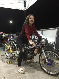 Honda Motorcycles, Lady Biker, Racing Team, Street Bikes, Raiders, Asian Woman, Concept, Cars, Women
