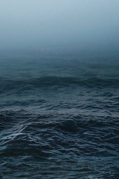 a thick layer of ocean. this time there are waves. the sky becomes water. No Wave, Stürmische See, Kubo And The Two Strings, Stormy Sea, Deep Blue Sea, Landscape Designs, Sea And Ocean, Ocean Deep, Deep Water