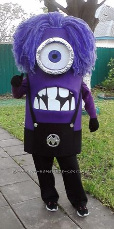 Awesome+Homemade+Purple+Minion+Costume