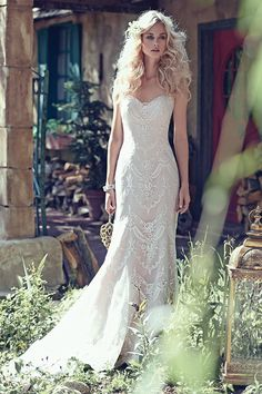Hair!! Maggie sottero chic classic vintage lace