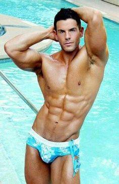 #speedo #bikini #bikiniboy #swimsuit #beachboy #wetboy #poolboy #gayspeedo #speedoboy #Musclespeedo #instagay #gayboyproblems #bulge