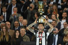 Paris Saint-Germain are hoping to gazump Manchester City in their move for Dani Alves. The Brazilian is one of Pep Guardiola's top targets as he attempts to add to his full-back options this … Dani Alves, Toni Kroos, World Cup Winners, Juventus Fc, Manchester City, American Football, Champions League, Like4like, Italia