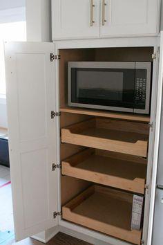 Lowes Kitchen Cabinets, White Shaker Kitchen Cabinets, Kitchen Cabinet Colors, Kitchen Drawers, Diy Cabinets, Kitchen Countertops, Island Kitchen, Soapstone Kitchen, Kitchen Backsplash