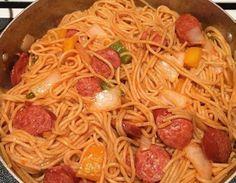 Haitian Spaghetti Recipe, Spaghetti Recipes, Carribean Food, Caribbean Recipes, Haitian Food Recipes, Indian Food Recipes, Hatian Food, West African Food, Nigerian Food