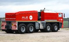 Heavy lift and transport company ALE has launched a new heavy transport tractor, the Trojan Truck. Designed and built in-house with a 72 tonne design weight, the Trojan has a maximum road speed of and can pull a gross combination weight of 300 ton Heavy Duty Trucks, Big Rig Trucks, Heavy Truck, New Trucks, Cool Trucks, Super Pictures, Heavy Weights, Vintage Trucks, Heavy Equipment