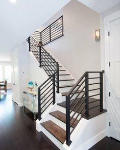 Love the metal railing Stair Railing Ideas Love Metal railing Stairs Design Modern Ideas Love Metal Railing Stair Interior Stair Railing, Modern Stair Railing, Stair Railing Design, Modern Stairs, Metal Railings, Banisters, Stair Case Railing Ideas, Railings For Steps, Metal Handrails For Stairs