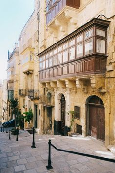 The Nutshell Guide to Visiting Malta - Bon Traveler