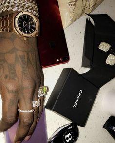 6z6:    Follow me @ Alpha Lifestyle Chanel, Bling, Watches, Lifestyle, Luxury, Jewel, Clocks, Clock