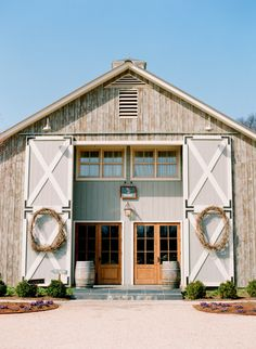 Love the style of this barn