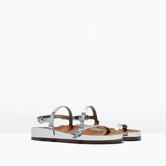 Image 2 of FLAT SOLE PATENT SANDAL from Zara