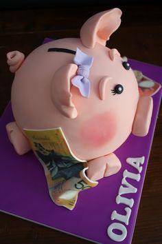 Piggy Bank Cake