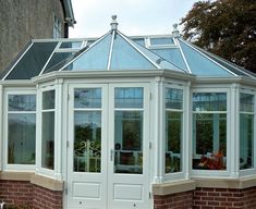 Small Conservatory / Greenhouse