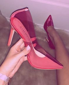 high heels – High Heels Daily Heels, stilettos and women's Shoes Pretty Shoes, Beautiful Shoes, Cute Shoes, Me Too Shoes, Heeled Boots, Shoe Boots, Shoes Heels, Pink Heels Outfit, Red Heels