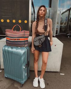 We know airport outfit ideas are hard to find. This is why we decided to gather our 15 favorite outfit inspirations in this article. Sit back and enjoy! Airplane Outfits, Dior Saddle Bag, Negin Mirsalehi, Fashion Outfits, Fashion Trends, Womens Fashion, Travel Outfits, Fashion Ideas, Fashion Today