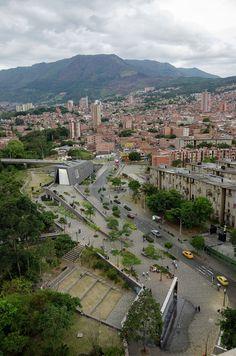 Medellín, Medellín, Antioquia, Colombia Casa de la Memoria Museum / Juan David Botero