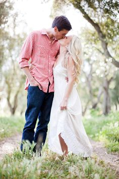 summer-engagement-portrait-ideas