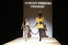 La joven uruguaya Margot Inés Ferreira Rosales fue proclamada ganadora del III Concurso Internacional de Jóvenes Diseñadores Plataforma Atlántica de Tenerife, organizado por el Cabildo a través de Tenerife Moda por una colección inspirada en las neuronas y que presentó bajo el título 'Los velos de la memoria'.