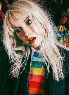 byrnes 🌺🦋 — Hayley Williams photographed by Lindsey Byrnes Hayley Paramore, Paramore Hayley Williams, Hayley Williams Style, Pretty People, Beautiful People, Rainha Do Rock, Mitch Lucker, Grunge Hair, Girl Crushes