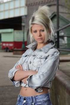 Danielle Harold is so buff in EastEnders and she plays as Lola Pearce Eastenders Cast, Celebrity Stars, Hollyoaks, Soap Stars, Tv Soap, Hair Again, Coronation Street, Duchess Of Cornwall, Bleached Hair