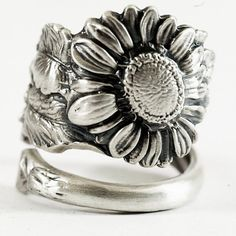 Sunflower Ring Sterling Silver Spoon Ring Art Nouveau by Spoonier Spoon Jewelry, Spoon Rings, Jewelry Box, Jewelry Accessories, Yoga Jewelry, Jewlery, Jewelry Armoire, Fine Jewelry, Couple Jewelry