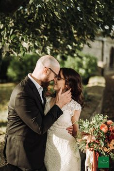 Stunning Autumn wedding in Clonabreany House, read all about it. 📸 by pawel bebenca October Wedding, Autumn Wedding, Wedding Story, Real Weddings, Celtic, Wedding Photography, Couple Photos, Celebrities, Wedding Dresses