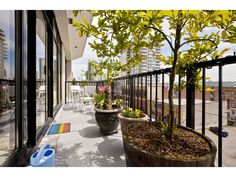 """Photo 6: Photos: Downtown NW Condo for sale in """"THE POINT"""" : 2 bedrooms : 203 610 VICTORIA Street in New Westminster : MLS(r) # V949252"""