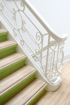 Such a fan of painted stairs . . . too bad I don't have any to paint.