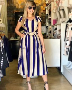 20 classy dress for bussiness trip 6 Cute Dresses, Beautiful Dresses, Casual Dresses, Modest Fashion, Fashion Dresses, Outfit Trends, Classy Dress, Striped Dress, African Fashion