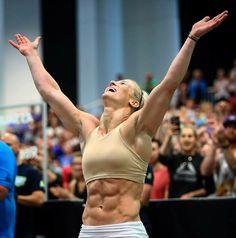 Crossfit Body, Crossfit Women, Crossfit Athletes, Healthy Bikini Body, Fit Chicks, Bikini Bodies, Fitspiration, Fitness Inspiration, Crunches